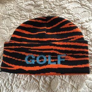 Other - Tiger print beanie!